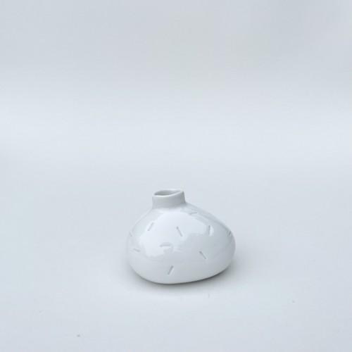 Vázička kámen