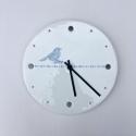 Porcelánové hodiny ptáček